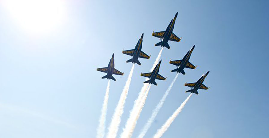 US Navy pilot killed in Blue Angels jet crash in Smyrna, Tennessee