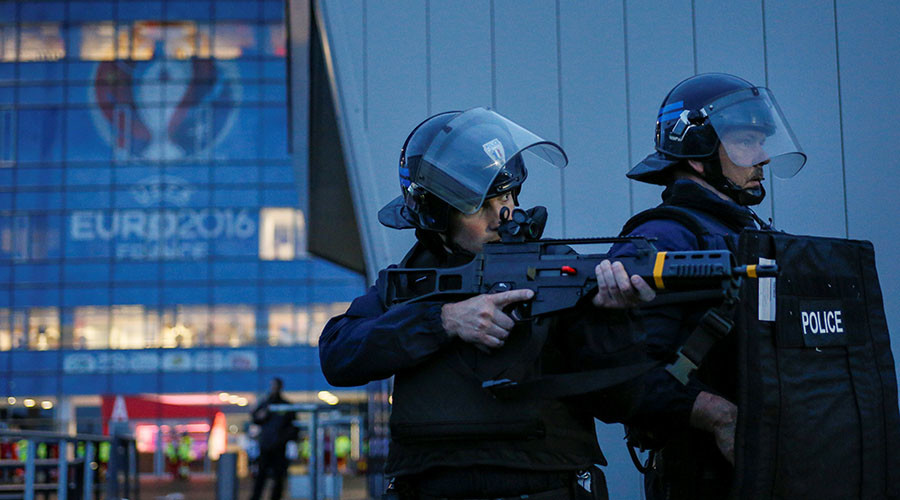 Euro 2016: 82 security staff revealed to be on terror watch list – French intelligence