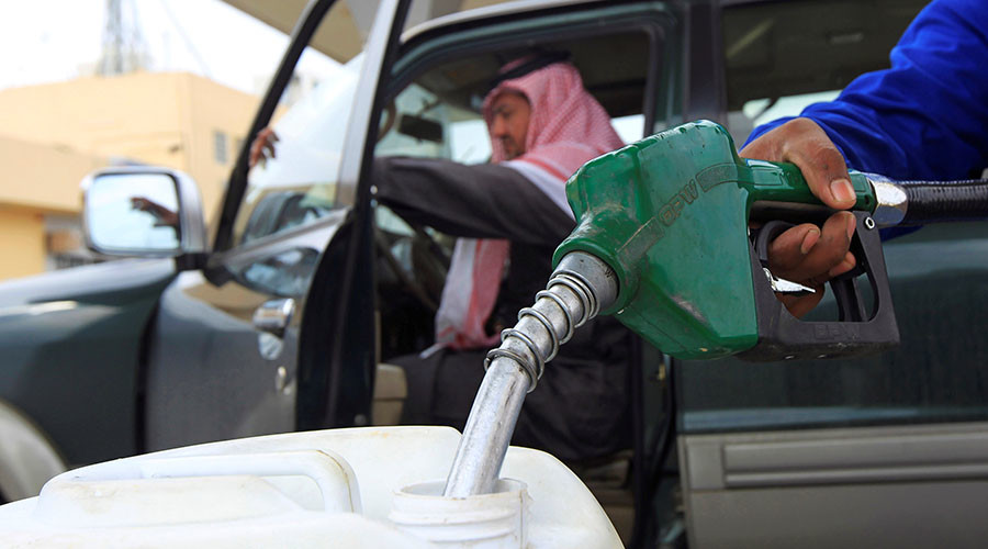 Riyadh approves post-oil era economic plan