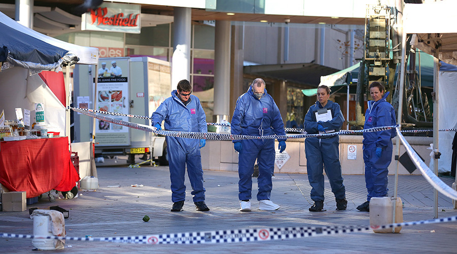 Mentally ill escapee with knife shouts 'Allahu Akbar,' Aussie police shoot 3 bystanders