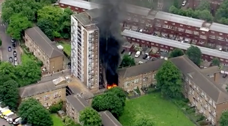 16-story London apartment block engulfed by fire after 'explosions' (VIDEOS)