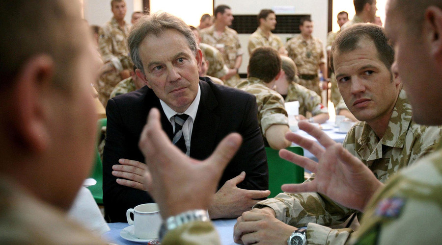 File photo: Britain's Prime Minister Tony Blair speaks to British soldiers at Divisional Headquarters in Basra May 19, 2007. © Stefan Rousseau