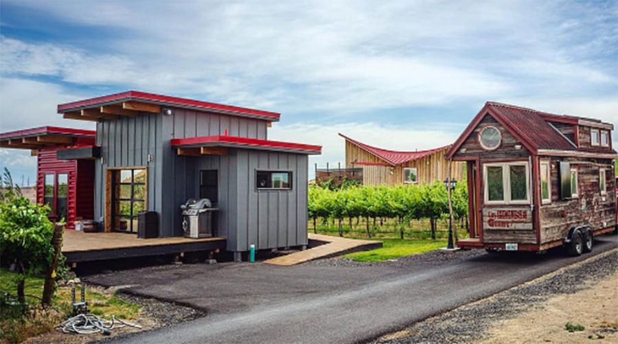 No anarchists or nudists welcome in Texas Tiny House community