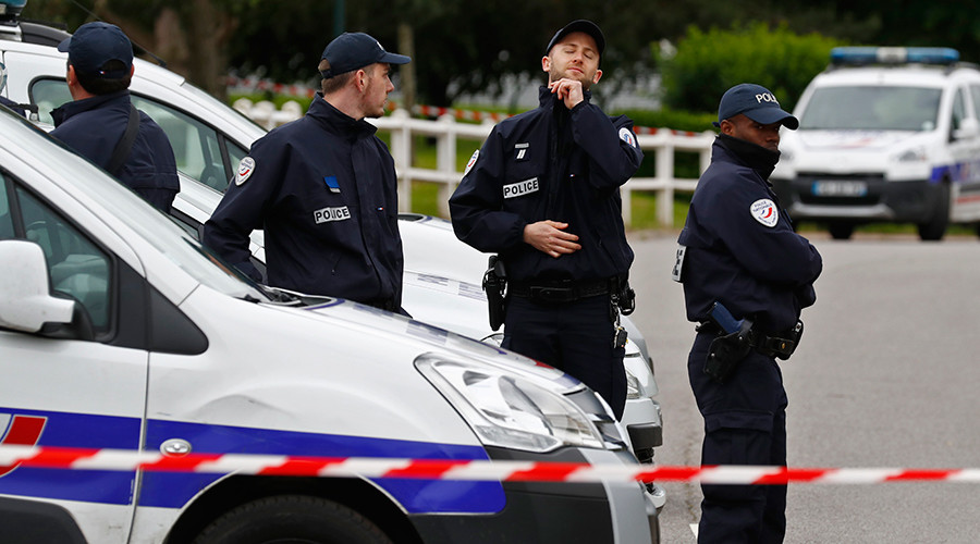 Girl stabbed in France by man trying to 'make sacrifice for Ramadan'