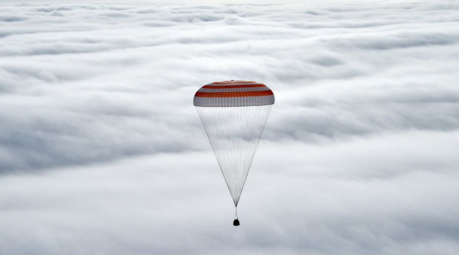 ISS crew get 'rollercoaster' ride back to earth on Russia's Soyuz (VIDEOS)