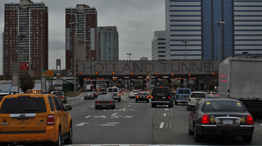 3 arrested in New York's Holland Tunnel with loaded rifles, body armor - report