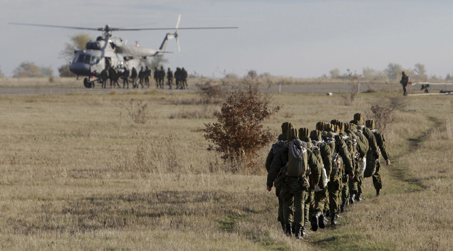 Moscow pans German defense minister's comment, says voluntarily informs Europe of military drills