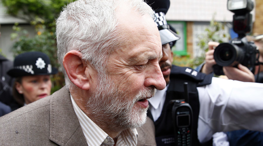 Labour leader Jeremy Corbyn loses vote of confidence