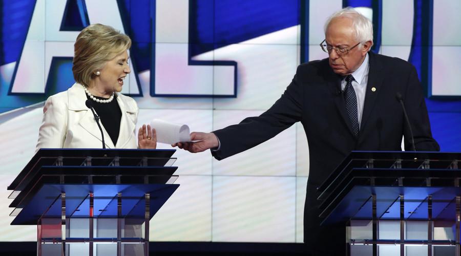 Democratic US presidential candidates Hillary Clinton and Bernie Sanders. © Lucas Jackson