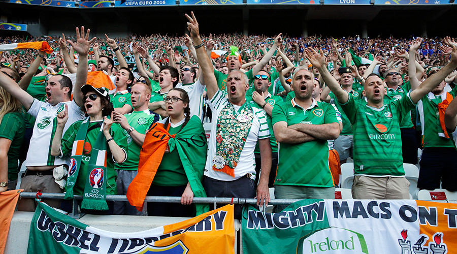Euro 2016: Irish eyes smiling after fans receive prestigious French award