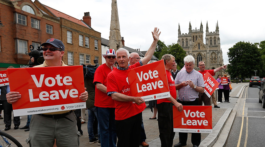 Class war? Bitter social divide was major factor in vote for Brexit, study shows