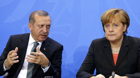 Turkey's President Tayyip Erdogan (L) and German Chancellor Angela Merkel © Tobias Schwarz