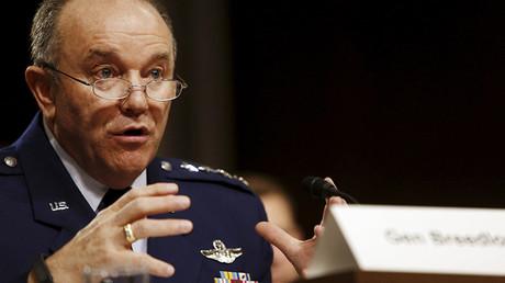 OTAN comandante supremo aliado, los Estados Unidos de la Fuerza Aérea general Philip Breedlove.  © Jonathan Ernst