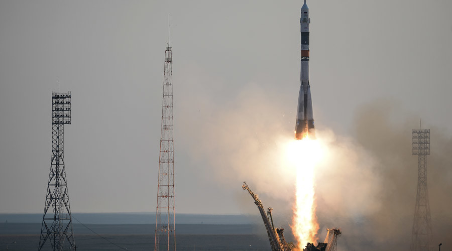 Russia's brand new Soyuz rocket lifts off from Baikonur, taking 3-man crew to ISS (VIDEO)