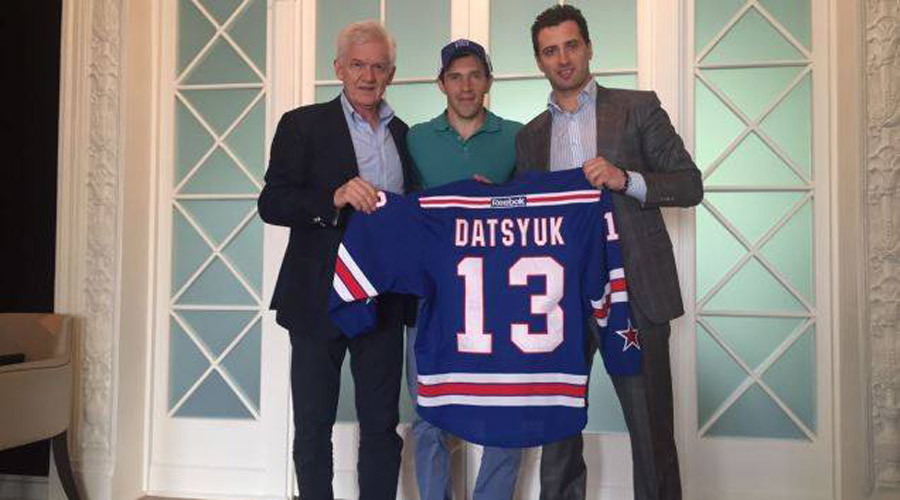 It's official: Pavel Datsyuk signs with KHL's SKA St. Petersburg