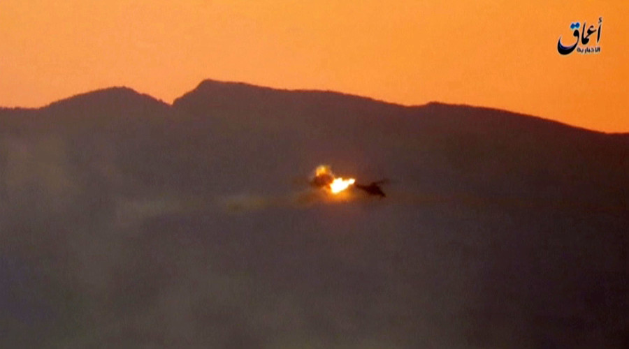 A still image taken on July 10, 2016 from a video posted by Islamic State's affiliated news agency Amaq purportedly shows the moment a helicopter is shot down east of Palmyra in Syria. © Reuters