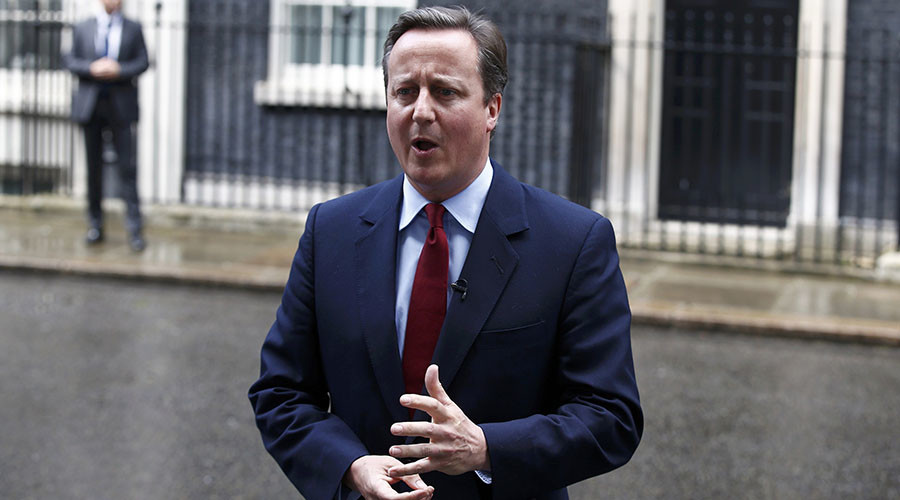 'Doo doo doo doo, right, good': Cameron hums merry tune after announcing departure (VIDEO)