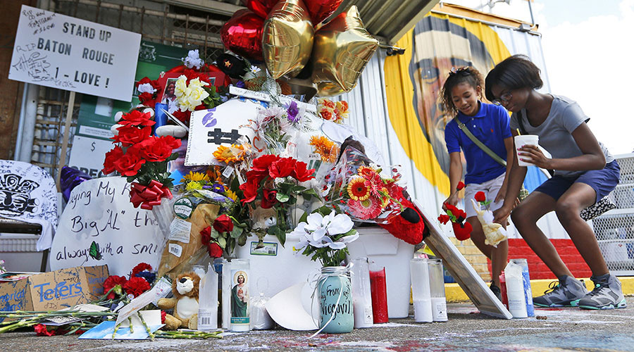Owner of Baton Rouge store where Alton Sterling was killed sues police