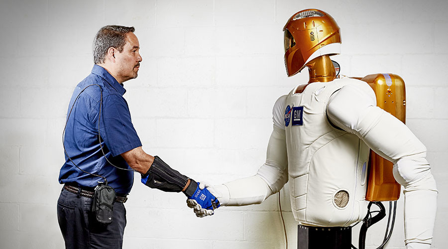 The power of glove: GM & NASA create robotic helping hand to fight fatigue (VIDEO)