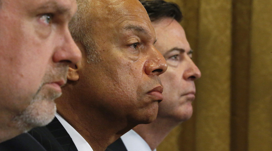 National Counterterrorism Center Director Nicholas Rasmussen, Homeland Security Secretary Jeh Johnson and FBI Director James Comey (L-R) testify before a House Homeland Security Committee hearing © Jonathan Ernst