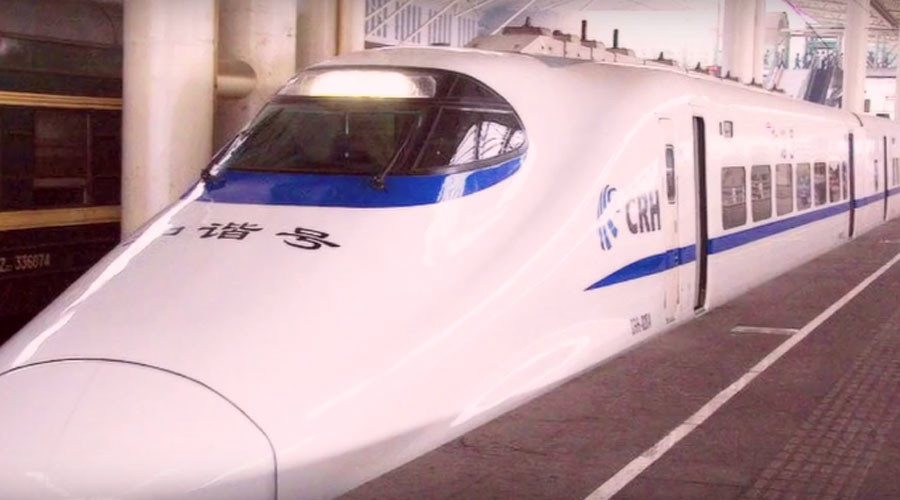 Twice as fast? China tests two 420 kmph bullet trains at once (VIDEO)