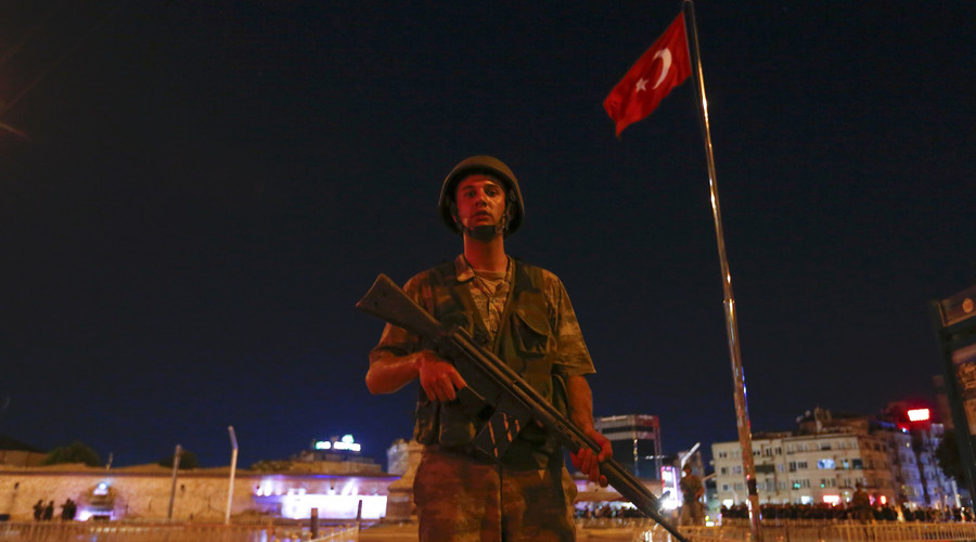 A Turkish military stands guard near the Taksim Square in Istanbul, Turkey, July 15, 2016. © Murad Sezer