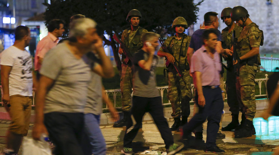 First images of Turkey's military coup: Tanks on streets, military jets in skies (VIDEOS, PHOTOS)