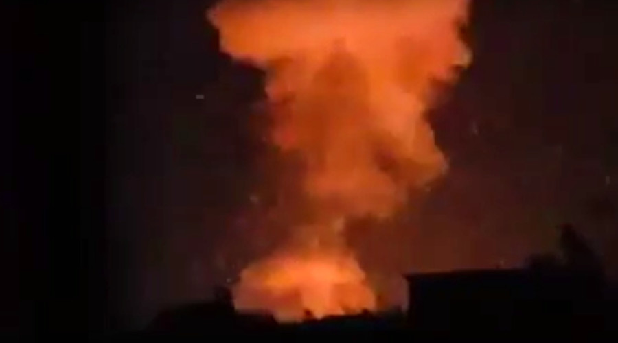 Huge blast rocks arms factory near Aleppo as ISIS, Al-Nusra shell city & attack Syria troops (VIDEO)