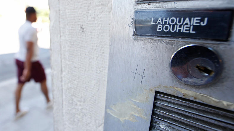 The name Mohamed Lahoualej Bouhlel is seen on a plate outside the building where he lived in Nice, France, July 17, 2016 © Eric Gaillard