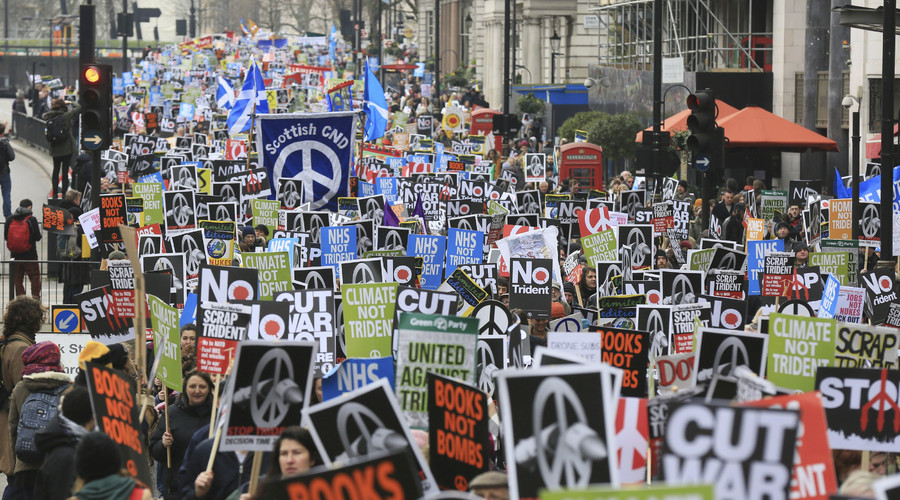 Protesters take part in a protest against the Trident nuclear missile system in London, February 27, 2016. © Paul Hackett