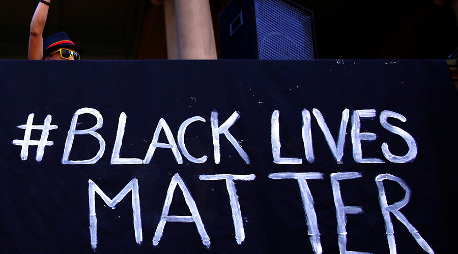 Ohio judge jails attorney for wearing Black Lives Matter badge in court