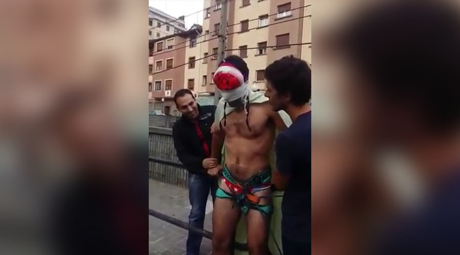 Blindfolded groom tricked into 'bungee' jump by bachelor party pals (VIDEO)