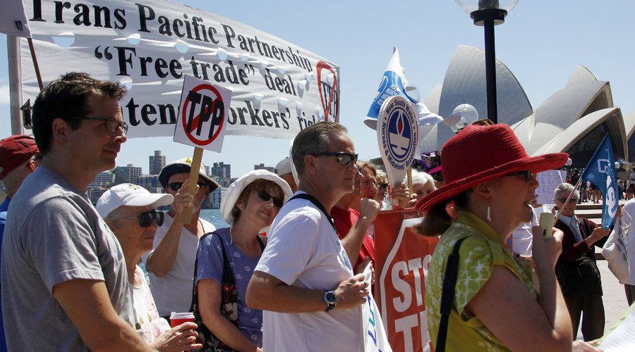'Questionable benefit': TPP trade deal viewed with suspicion by Australian economic commission