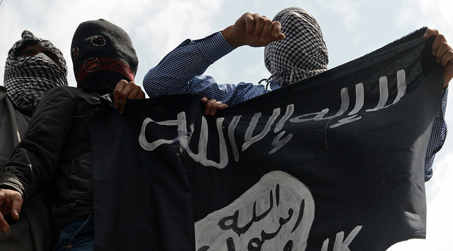 French Muslim showers ISIS with insults for betraying Islam in 7-minute viral rant