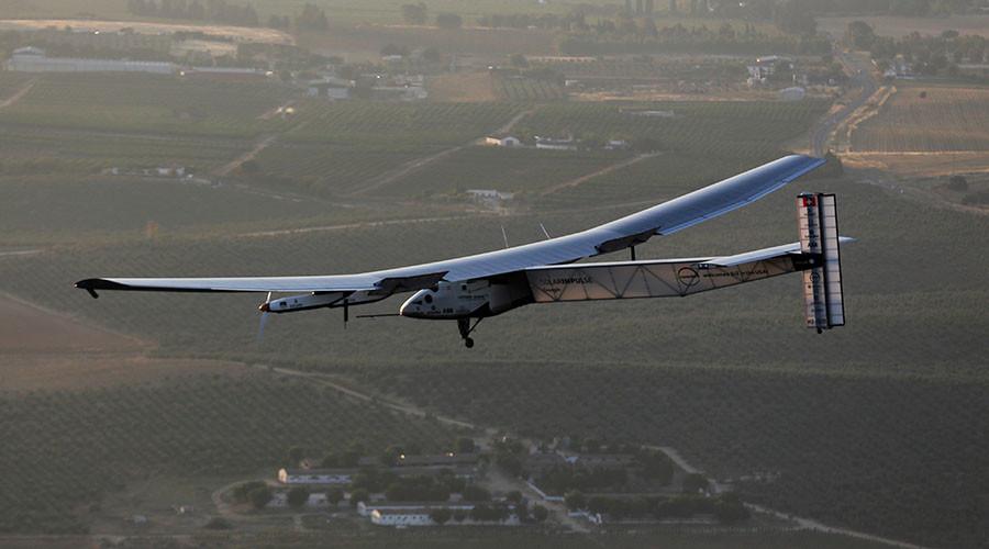 The solar-powered plane Solar Impulse 2. © Marcelo del Pozo