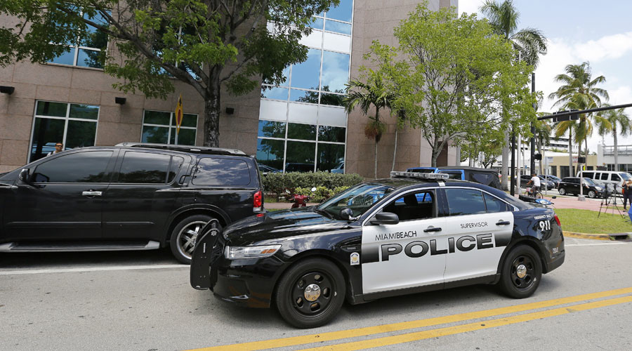 Miami police headquarters evacuated over suspicious package
