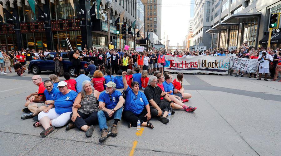 46 arrested at #PhilandoCastile protest against police killings in Minnesota