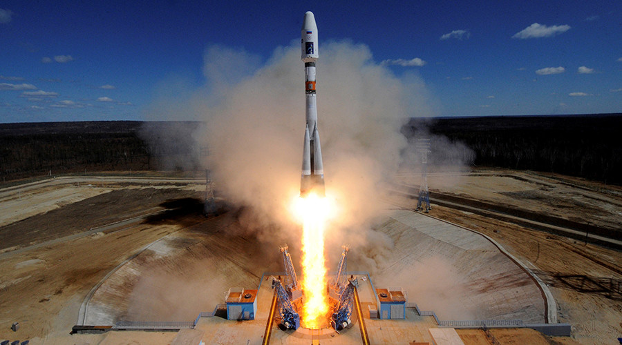 A Russian Soyuz 2.1A rocket carrying Lomonosov, Aist-2D and SamSat-218 satellites lifts off from the launch pad at the new Vostochny cosmodrome outside the city of Uglegorsk, Russia © Kirill Kudryavtsev