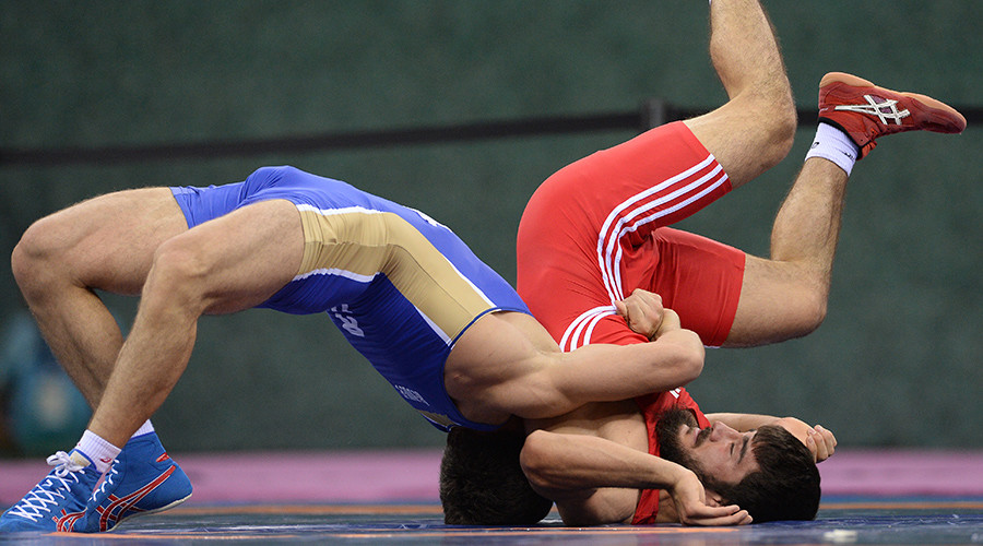 russia wrestling team asics running