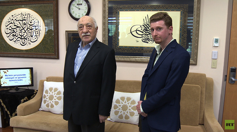 RT visits Erdogan's self-exiled arch-nemesis Fethullah Gulen at his US estate