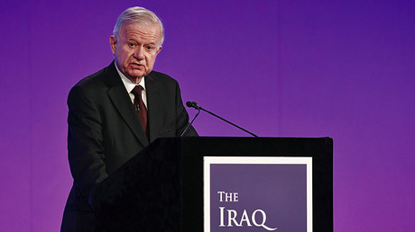 Sir John Chilcot presents The Iraq Inquiry Report at the Queen Elizabeth II Centre in Westminster, London, Britain July 6, 2016. © Jeff J Mitchell