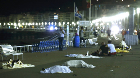 Bodies are seen on the ground July 15, 2016  after at least 80 people were killed in Nice, France, when a truck ran into a crowd celebrating the Bastille Day national holiday, July 14, 2016. © Eric Gaillard