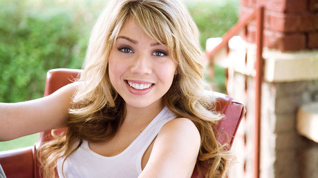 Actress Jennette McCurdy may have a nice smile, but is it Slavic enough?