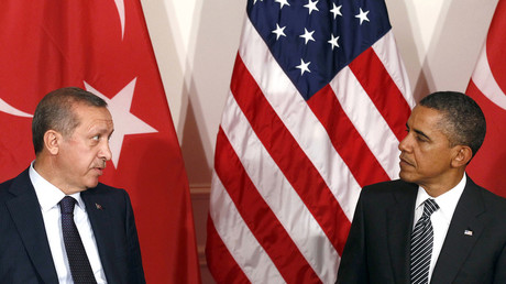 U.S. President Barack Obama and Turkish President Tayyip Erdogan (L). © Kevin Lamarque