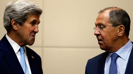 U.S. Secretary of State John Kerry (L) meets Russia's foreign minister Sergey Lavrov © Jorge Silva