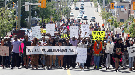 Protesters march in Ottawa, Ontario, Canada July 30, 2016 for Abdirahman Abdi, a mentally ill black man who died following his arrest by police. © Patrick Doyle