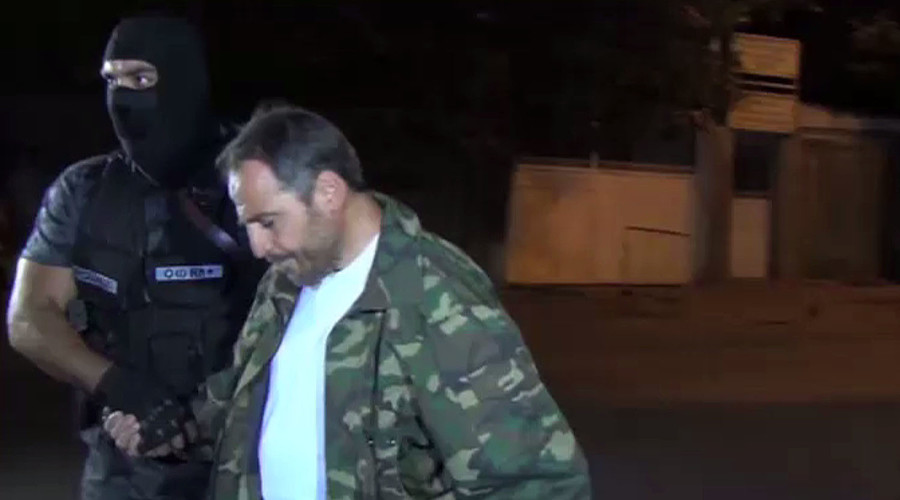 20 Armenian gunmen surrender after 2-week siege of police station (VIDEO)