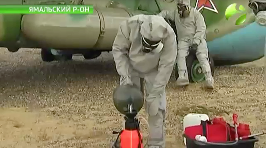 Russian biowarfare troops unload decontamination equipment in Yamal © Ямал Регион