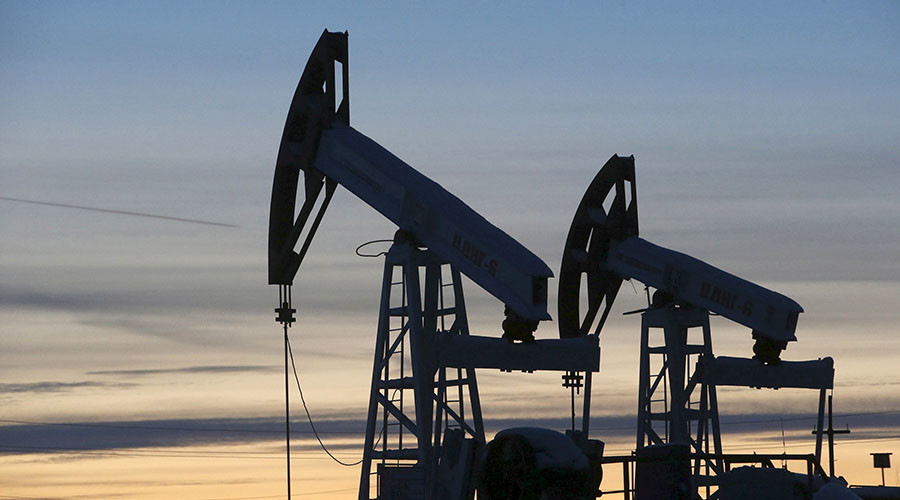 Crude oil slips below $40 for first time since April