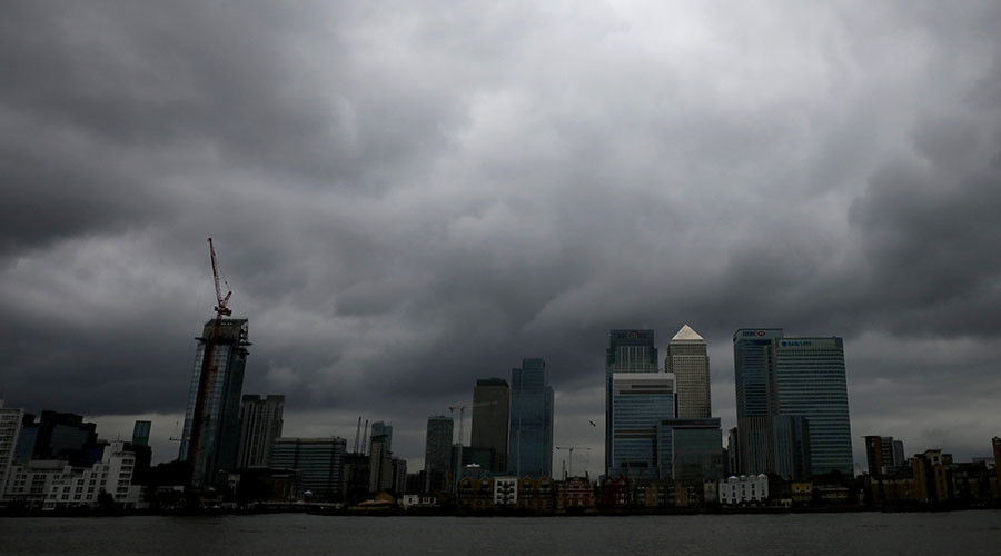 UK 'sailing blindly' into financial meltdown bigger than 2008, think tank warns